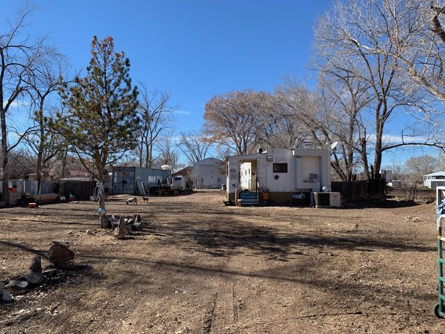 Well taken Care Home, 2/3 Bedrooms , 2 Baths ,Refrigerated Air , 1/2 Acre Lot, Large 22 x 44 Barn , Bring Horses, Owner Financing Available