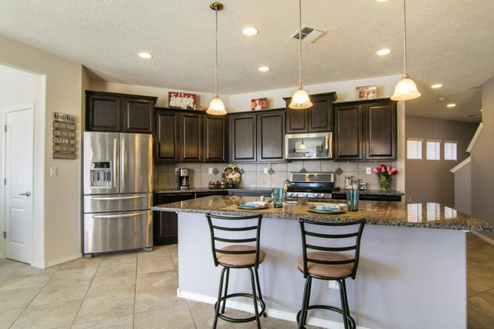 Loma Colorado - elegant Park Place model with an open floor plan and nicely appointed kitchen that is designed for gatherings with bar seating, recessed & pendant lighting, refrigerator, beautiful modern cabinetry, extended granite island & countertops - plenty of room for prepping, cooking and entertaining..all of this is open to the greatroom, breakfast nook & perfect planning nook/desk area! 1 bdrm/bath down, 4 large bedrooms w/tons of closet & storage space, a 2nd living area (Loft), perfect game room up.  The Owner's suite is awesome with separate shower/tub, double sinks, walk in closet and more! This lovely home offers a low maintenance backyard, is situated on an elevated cul-de-sac lot and close to all the neighborhood & community amenities.  This could be your Dream Home!