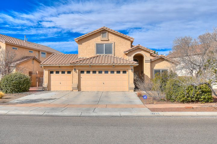 In the heart of the highly sought-after Vista Del Norte subdivision, this beautifully designed home has everything you could ask for. Upgraded flooring, Three Car Finished Garage, Master Bedroom is located on the main floor! ultimate entertaining open living room with Cathedral Ceilings that open up to the huge loft give the ultimate wow factor! This is a must see!