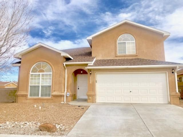 CHECK IT OUT! You will LOVE it! Recently renovated. Some updates include; granite counters, fresh neutral paint color throughout, new carpet, beautiful faux wood tile, light fixtures, vanity, some appliances, and water heater. Home offers  an open flowing floor plan, tons of natural light, Kitchen Island and kitchen opens to family room, fireplace, spacious bedrooms, double sinks and garden tub. Conveniently located, close to school and park. Priced to sell!
