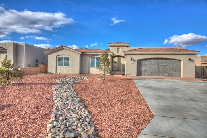 Built by Award Winning PS Construction. Don't Wait, this home will sell fast, built in upand coming Neighborhood in Rio Rancho, surrounded by Gorgeous Custom Homes minutes from Albuquerque. Great School District, Close to RUST MedicalHospital, Shopping, Restaurants and Family Entertainment. This Superior Home was Constructed and Designed with Energy Efficiency in Mind. Welcoming OpenFloor Plan, Large Bedrooms with Walk-in Closets. Stunning Gourmet Kitchen, Perfect for Creating Lifelong Family Memories. Exquisite Tasteful Finishes, Class andSophistication abound...Large Tandem 3 Car Garage, Huge Yard Perfect for all your ''toys'' Park your RV and your Boat no HOAs!!