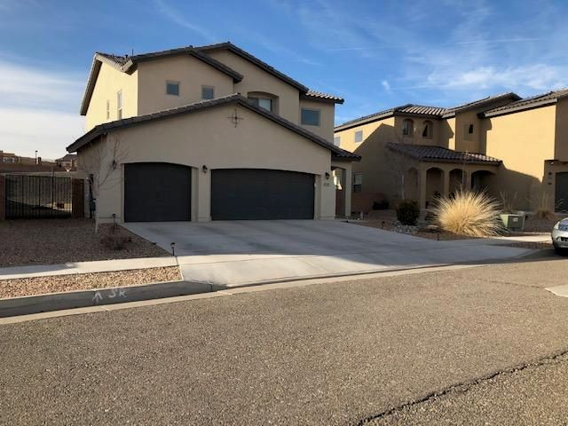 Sellers are sad to leave this lovely home, but here's your chance to grab a lightly lived in beauty in one of Los Lunas' premier new communities.  Many upgrades including granite, stainless steel appliances, wrought iron banister, private balcony off the master bedroom, and fully xeriscaped site with huge back yard.