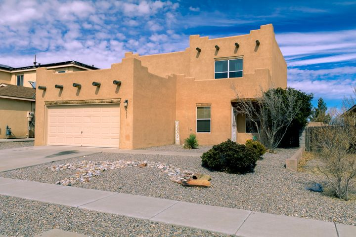 OPEN HOUSE SATURDAY the 9th from 11:00am till 3:00PM. Welcome to this lovely Pueblo-Style home featuring amaster bedroom on the bottom floor with walk-in closet,garden tub, and double door entry.The home's comforting floorplan allows for a smoothflow and inviting atmosphere. With a living area on thetop and bottom floors and large bedroom sizes, you canbe sure there is adequate space for family, guests andentertainment. A great opportunity at an affordable Price!