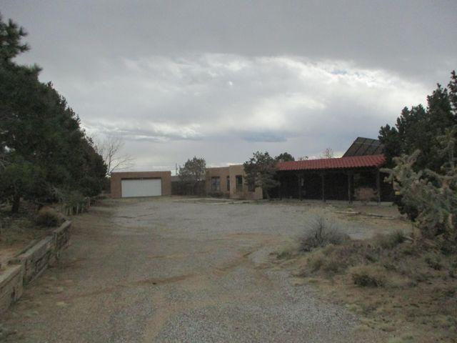 Wonderful North Albuquerque Acres opportunity! Situated on a large .74 acre lot with backyard access Lots of room for extra parking, incredible school district, room to grow, city and Mountain Views, minutes from the Tramway, Hiking Trails, and in ground pool are just some of the MANY great extras this property has to offer.