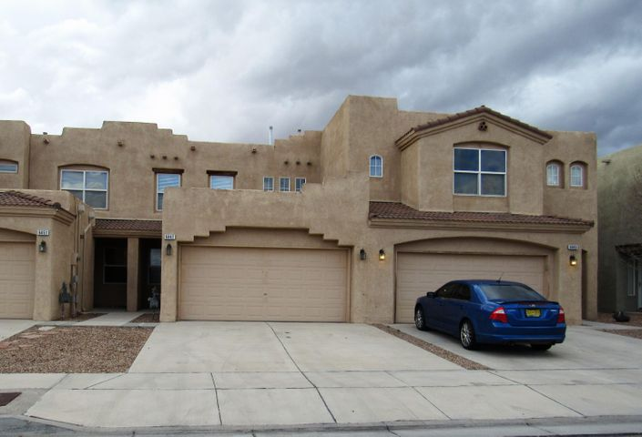 2Br, 2.5Ba, 2 story, townhouse, open floorplan, new carpet, fresh paint, fireplace in the living room, dining off the kitchen, gas stove, dishwasher, garbage disposal, laundry room, washer & dryer hookups, ceiling fans, 2 car garage w/ opener, gas furnace, evaporative cooler, xeriscaped both yards, fenced  back yard