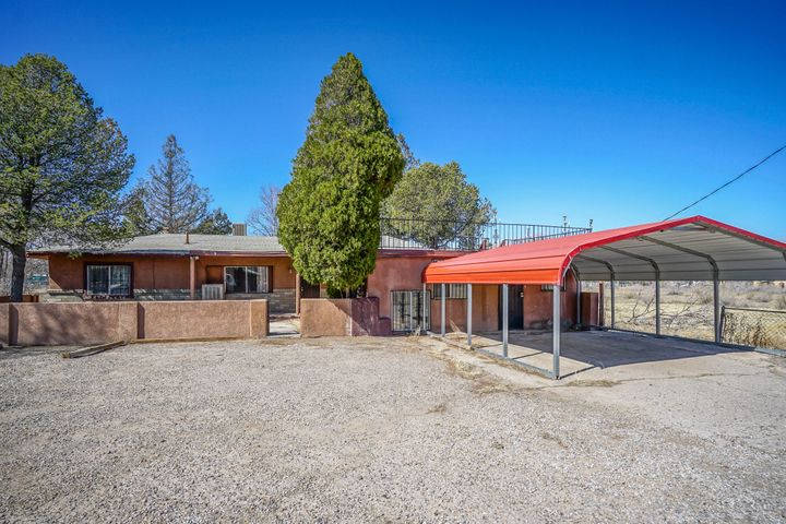 Complete remodeled home, lots of space inside and out, beautiful home with options for your in-laws for their private/share home
