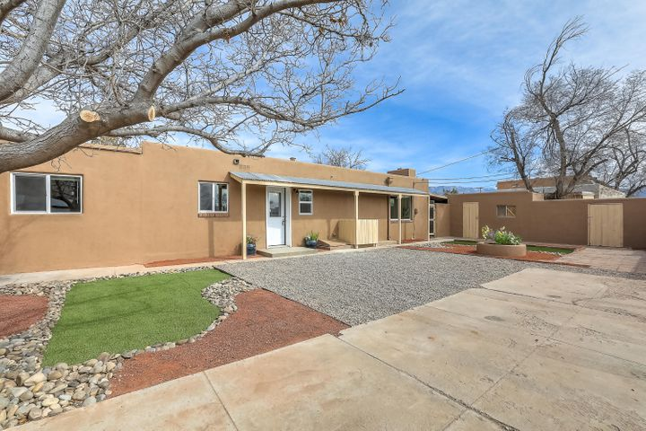 Come take a look at this beautiful remodel with mother in law quarters. The primary residence is a 4 bed 2  full bath. The mother in law quarters is a 2 bed 1 bath that can easily be rented for $1000 plus to help offset your mortgage.  Everything in both is brand new, from appliances, granite counter tops, cabinets, water heater, refrigerated air, flooring, paint, just to name a few. This wont last long come take a look before its to late.