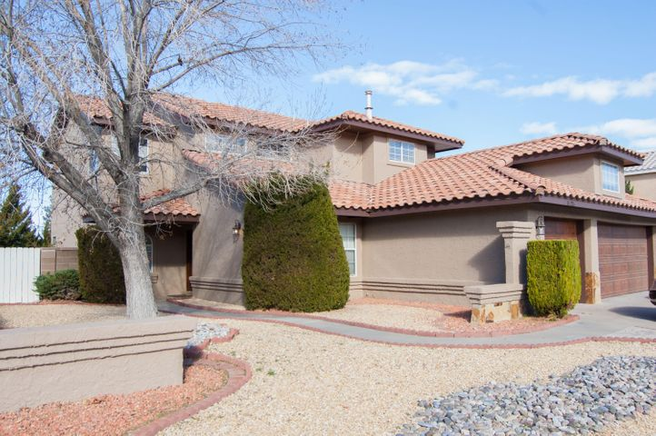 Albuquerque Homes For Sale With A Pool | Venturi Realty Group on