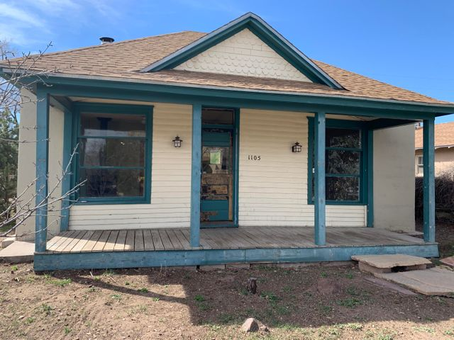 Located in the Downtown Albuquerque area, this charming home has a lot of potential and just needs a new owner to make it shine. Good sized yard. Don't miss this one!
