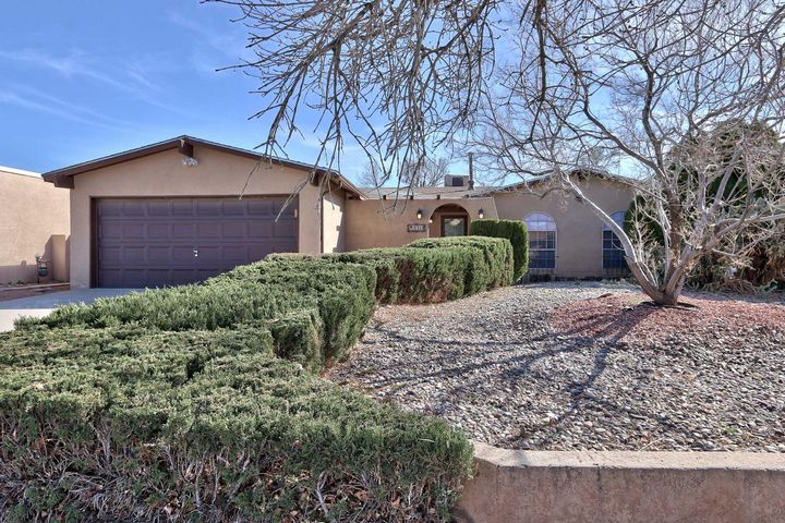 Well-kept 3 bedroom, 2 bath, 2 car garage home.  Roof replaced approx. 10 years, new laminate flooring and master bath remodel in Feb. 2018, Easy care landscaping. Front is rock and hardy plants and back yard is turf. Covered and open patios in back yard, courtyard in front. Ceiling fans, snack bar, wood-burning fireplace, and family dining room.