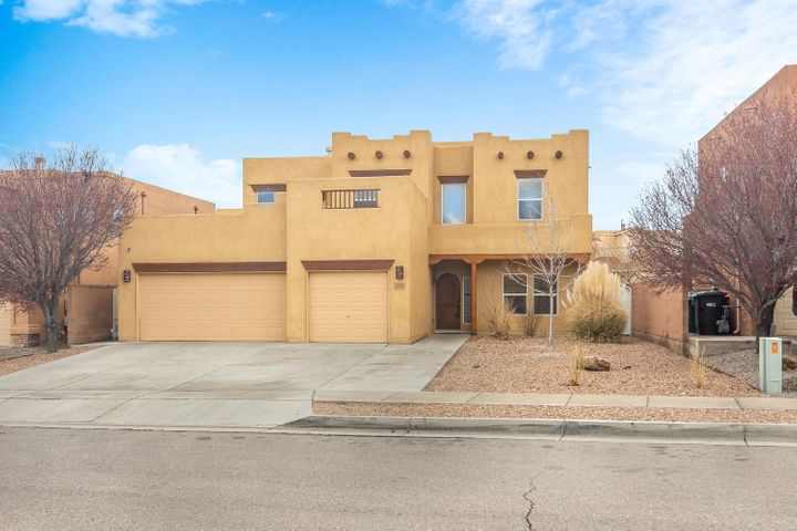 Fabulous 5 BD in Cabezon. Oversized lot with dog run. SW style 24x30 covered patio with drop down screens. Beautiful reclaimed oak hardwood floors throughout. Open floor plan. 3 full baths, media room, oversized 3car garage with custom floor covering and California closet system.