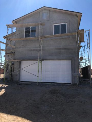 New construction! Beautifull 2 story home, that sits on a spacious corner lot. With access to the back yard. Refrigerated air, granite countertops, custom tile, modern colors. Home is in a popular established NW neighborhood. Come bring your buyers and lets get this one sold!