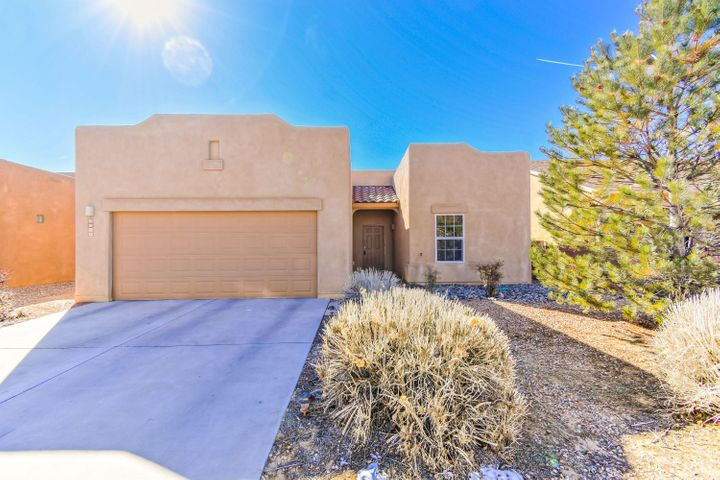 Move-in-Ready single story Tiffany Home located in the Anasazi Ridge community! Home features 1.702sf with 3 bedrooms, 2 bathrooms and a 2-car garage! Spaciously designed kitchen with ample cabinet and countertop space, upgraded stainless steel appliances, kitchen pantry and a large kitchen bar with seating space! Living area is a great size with raised ceilings! Master suite with private bath. Bath hosts a large walk-in shower with glass enclosure and an over-sized vanity. Two additional guest rooms with plenty of space! Outside enjoy the landscaped backyard and open patio perfect for those spring time barbecues!