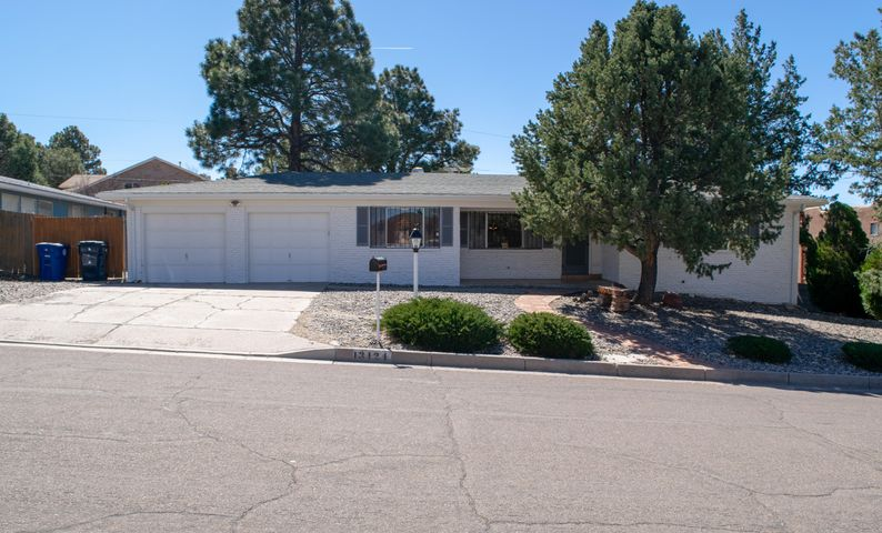 Beautiful Home in Four Hills North! You will immediately be awestruck by  breathtaking Mountain views. You have to come and see this 3 Bedroom, 2 bath House. It has 2 living areas and a huge back yard to entertain! Recenty updated water heater,Master shower,  and air conditioner!!!!