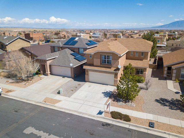 Beautiful 4 bedroom 2.5 bath home in desirable Ventana Ranch. New flooring, fresh paint. Spacious open floor plan with cozy fireplace. $ bedrooms up stairs with loft perfect for office or game room. Mountain views from back yard. Don't wait make offer today.