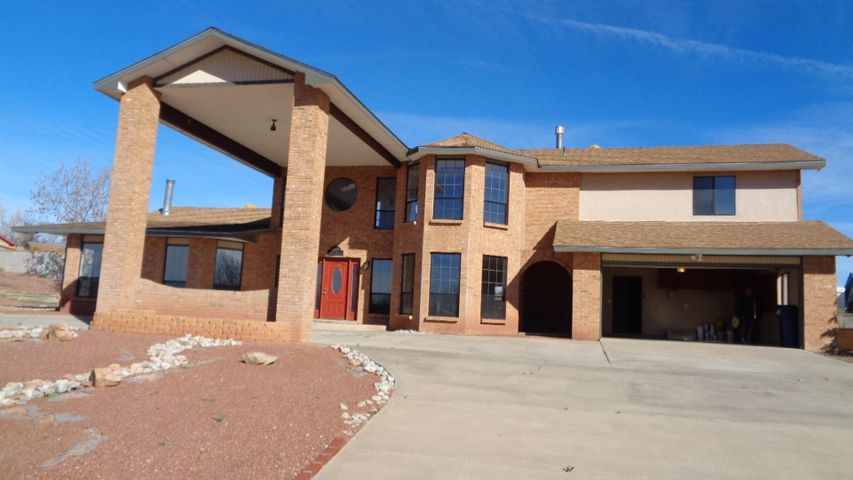 This home is a must see!! Large 3 bedroom 3bath  with a office or possible 4th bedroom.