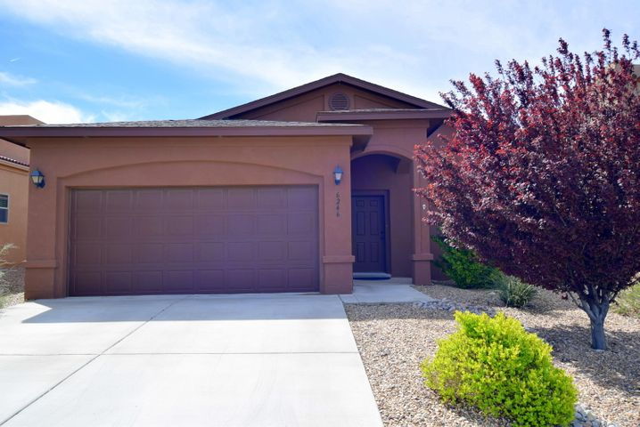 Come see this Cream Puff of a home in desirable Saltillo!!  This home is well maintained and it shows.  You will find 3 bedrooms, 1 3/4 baths, refrigerated air and a tankless water heater.  The kitchen has Silestone countertops and beautiful tile, a breakfast bar, pantry and recessed lighting. Open floor plan to a large but cozy living room with wood laminate flooring and an amazing custom gas fireplace.  The master bathroom has a double sink vanity, a separate garden tub, a separate large tile shower and a walk-in closet.  The backyard has fantastic views which includes the mountains, provides a nice shady area under the custom patio cover and enjoy dinner using the outdoor kitchen/grill.  This home is located near schools, shopping, and restaurants.  Come see this great home today!