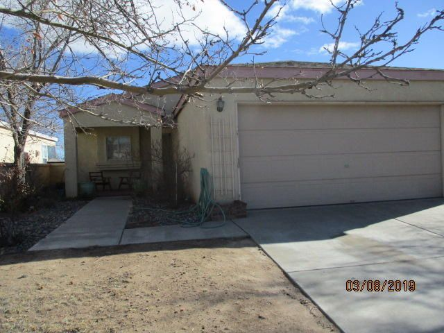3 bedroom 2 bath home in a well established neighborhood, close to schools and parks.