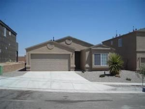 Single story, 4/br, 2/ba, 2 car garage in Rio Rancho.  Nice floorplan and refrigerated air.  Check it out!
