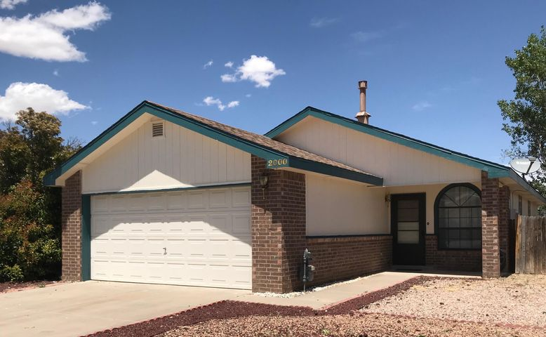 Delightful home in a highly desired location of Los Lunas.  Super close to shopping, gym, restaurants, movie theater, schools, free way access and more!  Raised ceilings, beautiful custom tile, walk-in closet in master bedroom, private patio, and good size back yard with backyard access!  ALL appliances stay!