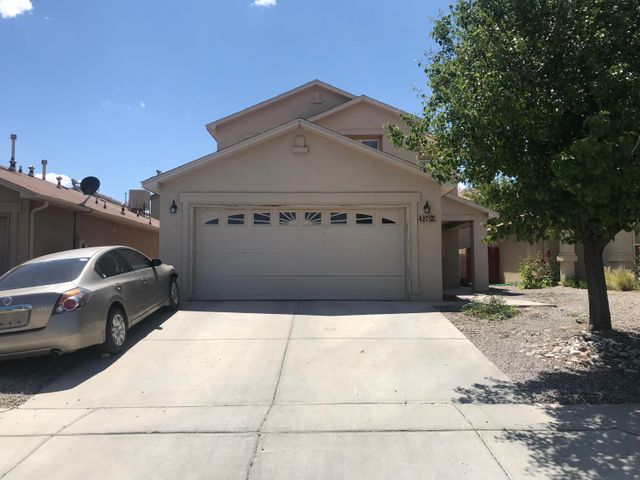 Huge 4 bd home in a quiet part of Southwest Heights,  has ceramic tile all throught the main level,  very well cared for home.  Close to Shopping, Medical, Schools, Parks, Libraries,
