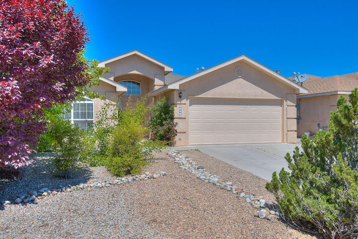Come home to Ventana Ranch. Sought after Fuller Floor plan with multiple living areas all on one level. Tucked away on a cul-de-sac, this layout boasts 3 bedrooms and 2 baths. Covered patio opens onto walled backyard. No PID! Close to parks, trails and schools.