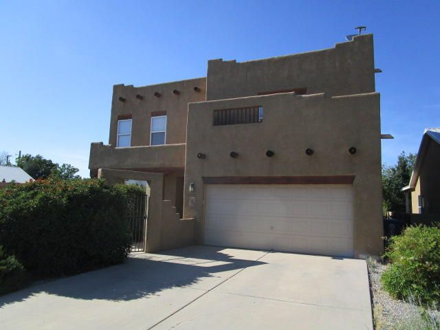 Beautiful home in Symphony gated community, Home has a gas fireplace, vigas and niches. Home has a great floor plan with open living, dining, and kitchen area, large owner's suite and separate shower/ garden tub with a loft you can use for what you like, home has refrigerator air.