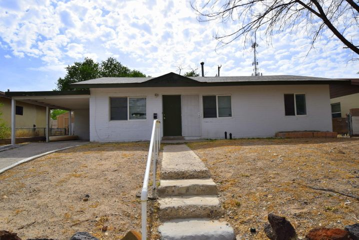 Nice 3 bedroom, 1 bath starter near interstate, airport and schools.  Large front and back yards.  Seller will not make repairs.