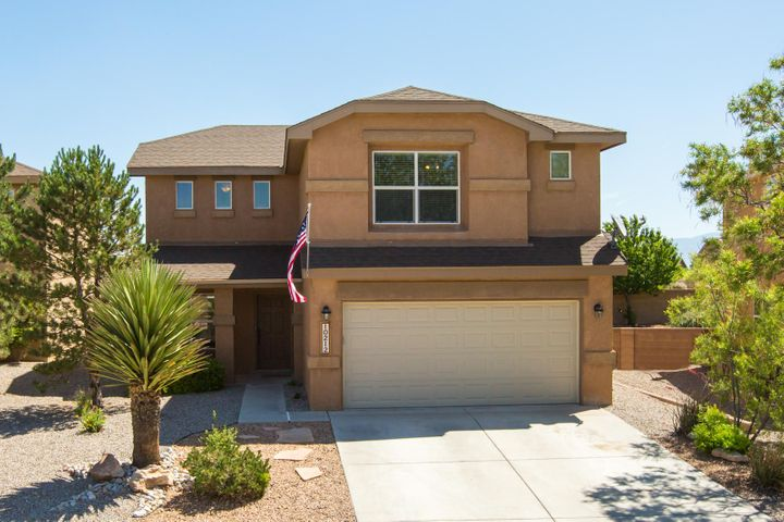 This 4 bedroom, 2.5 Bath Pulte home located in the Volcano Vista high school district won't disappoint you. Brand new paint and carpet, and fresh landscape has this beautiful home move in ready with an abundance of space, and even a mid-size doggy door and fenced in dog area will even make your pet comfortable.
