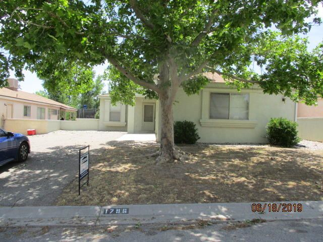 2 bedroom 1 bath home, open porch with a fenced back yard.Seller does not pay customary closing costs: including title policy, escrow fees, survey or transfer fees. Property may qualify for seller financing (VENDEE).