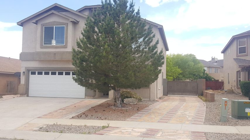 HARD TO FIND AND PRICED TO SELLBeautiful and big 4 bedrooms 2.5 baths , 2 stories with RV Parking and back yard access in move-in conditions