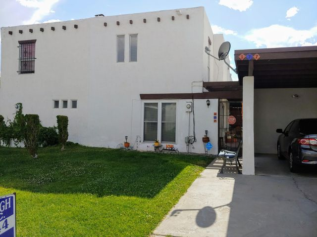 Really cute townhouse in best kept secret community of Via de Paz. Close to freeway, shopping, everything, plus community Pool and park. Lots of updates including TPO rubber roof, downstairs windows, kitchen and water heater. Fridge included. $135 HOA fees includes water, sewer, trash, and front yard mowing. Nicely landscaped and inviting  courtyard.
