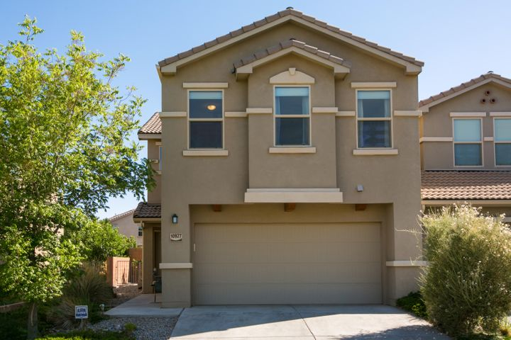 Welcome to this immaculate Presidio Town Home. Located near Kirkland Air Force Base, shopping, and easy access to I-40. This home offers granite countertops, roller shade window coverings, tile throughout main floor, oversized master suite, refrigerated air, loft, and a beautifully landscaped back yard. Come see this property today!