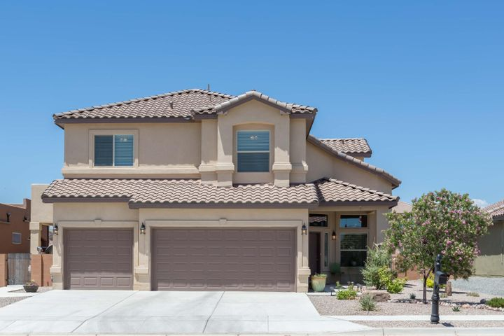 Presenting the formal model home of Summertree Homes.  This well-maintained and loved property with an open concept: Kitchen, Living and Breakfast nook. Balcony to view the mountains and balloons that pass by. With an oversized master suite with sitting area and spacious walk-in closet. A master bathroom with separate shower and soaker tub. This home continues to impress with a fully landscaped backyard made for gatherings and entertaining, enjoy your time by the fire pit or under the covered patio.  Come see this home today!