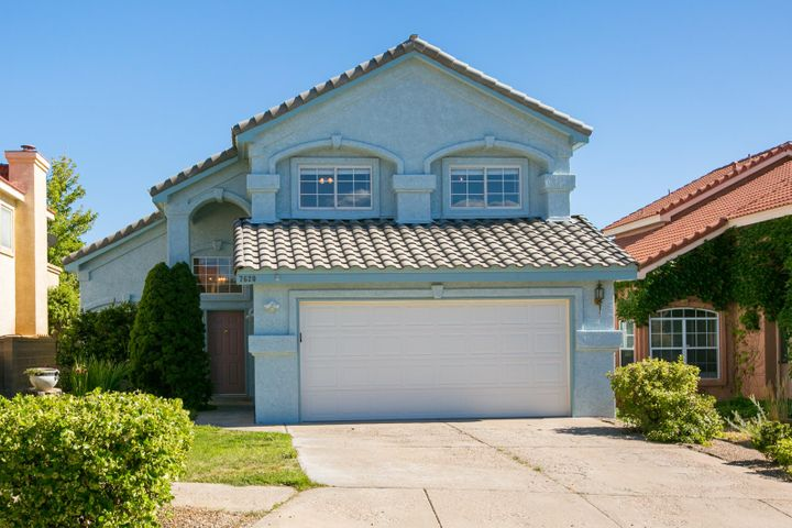 Great 4 Bedroom Offering in the Nor Este Community. Located close to the sought after schools; North Star, Desert Ridge and La Cueva. Open Living space, Vaulted Ceilings Atrium door at Downstairs Patio and Upstairs Balcony. Fruit Trees, Covered Patio and much more... Schedule your Showing today!