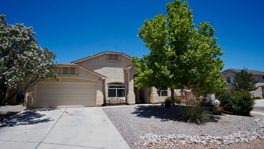 Come and see this wonderful home in the desirable Ventana West Community, This home has a great floorplan with ample amount of upgrades. 2 large living areas with open kitchen that has an large island, granite countertops, plenty of cabinet space, and pantry! 4 great sized bedroom including a large master suite with updated shower, his and her sinks and large walk in closet! Brand new carpets and fresh paint complete the comfort of the home, as well as the two fully updated bathrooms and the brand new tankless water heater system. Come and see this well maintained home today!