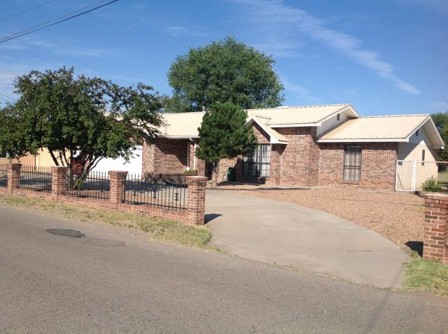 Don't miss out on this Beautiful home situated on 1 acre. with a circular drive with very nice curb appeall. This 3 bedroom, 2 bath  home has a very open feeling, with a beautiful custom rock fireplace to enjoy on those cold nights. Water heater, Heater and AC are all new. This home is near many amenities, including the Rail Runner that  is less than 5 minutes away. So bring your family and livestock to enjoy this awesome home. This home is on city sewer and has the ability to be hooked up to city water.