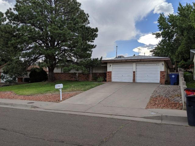 A perfect gem! Close to the freeway, foothills, shopping, schools, Roller King, restaurants, parks, and more! This 3 bedroom 1.75 bath home is sure to please. Don't miss out! This home is priced to sell! Professional Photos coming soon!