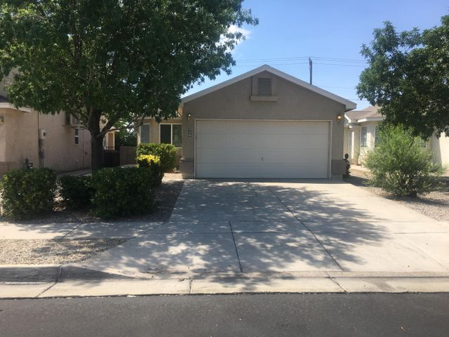 Totally rebuilt, shows like a model with new stainless steel appliances. This is one of the best buys in the SW in GATED community! See this home TODAY!