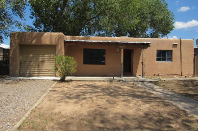 This 2 bedroom, 1 bath home is located close to I-40 and to public transit for easy access to wherever you need to go. Functional floor plan and large yard. 1 car attached garage.