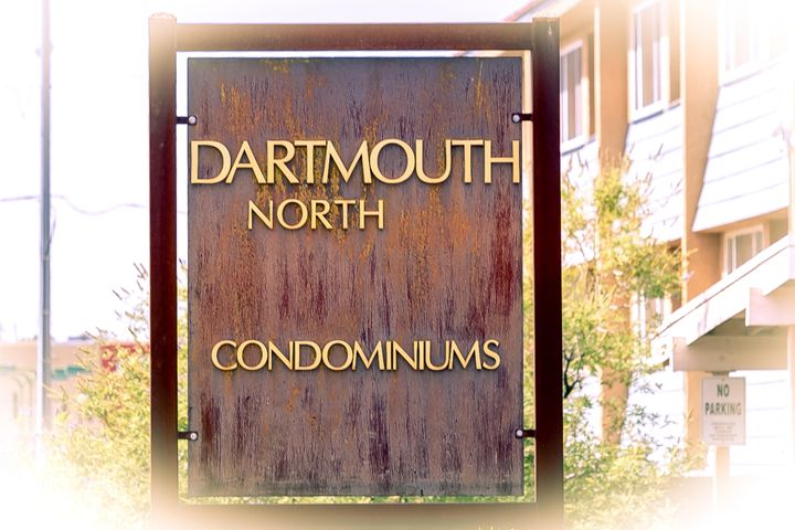 North Campus condo! Great low-maint living close to law/med schools, golf course and tennis club! 2nd floor location with west-facing balcony. Clerestory windows for abundant natural light. Beautiful hardwood floors. Gorgeous kitchen with additional cabinets for plentiful storage + granite counters and stainless-steel appliances (fridge stays!). Two bedrooms or 1 + study. 1 full bath. Fireplace. Stack washer/dryer. HOA takes care of exterior maintenance and landscape + water/sewer/trash. HOA dues include 1 off-street parking space; covered parking, when available, costs extra.