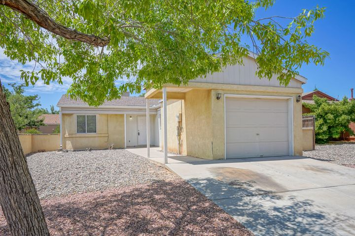 Super cute 2 bedroom home with spacious lot. Brand new stove and freshly painted. No carpet: ceramic tile throughout. New xeriscaping in the front yard with a mature, shade tree. Come see today!