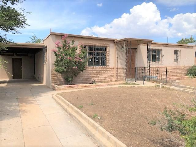 Great NE Albuquerque location. Easy access to shopping, schools, parks. Home needs some work and updates however has great potential. Spacious rooms, large living area, spacious kitchen open to the living space, huge private back yard! This is a a great fixer upper that you can update to your own design!  Some discoloration inside from roof leaks. Come take a look!