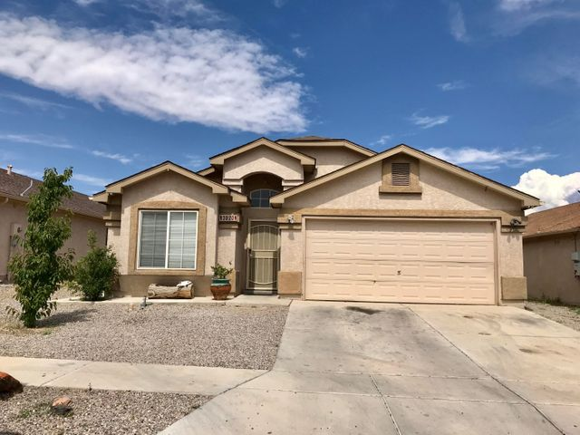 This 4 bedroom, 2 bath home will welcome you with its curved archways, high ceilings, niches, and flowing floor plan! Complete with 2 living areas, 2 car garage, covered patio and generous master bedroom!