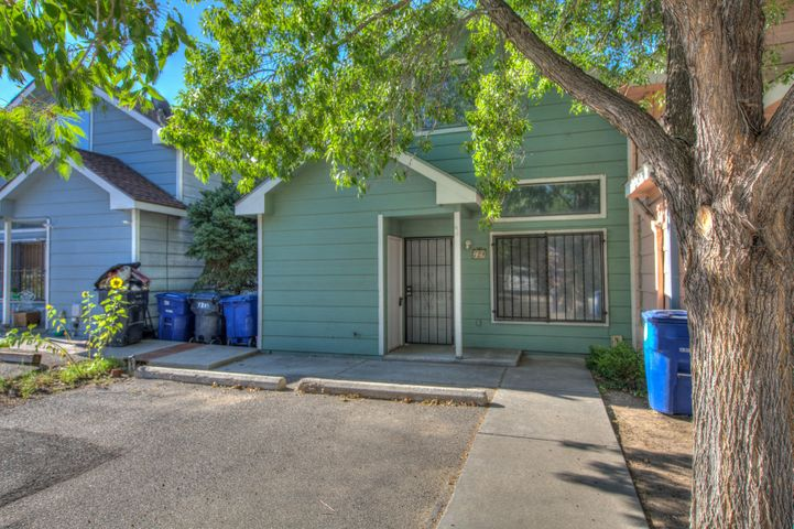 This townhome is a full remodel! New paint, floors appliances and cabinets. Beautiful grey color palate, loft and walk in closets. Dont miss your chance.