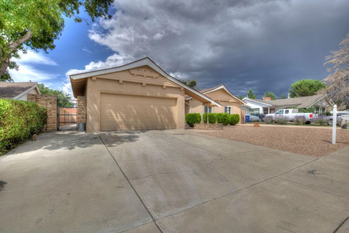 You have to come see this gem! Newly remodeled new appliances, new flooring, new cabinets, new counter tops, new windows, new interior doors, the bathroom has been also remodeled !! The roof is 2 years old. This beautiful home is move in ready!