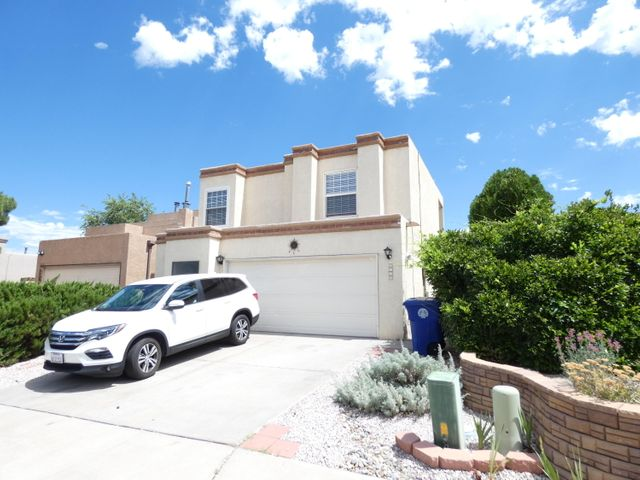 Open floor plan light and bright.  Easy access to Unser & I40.