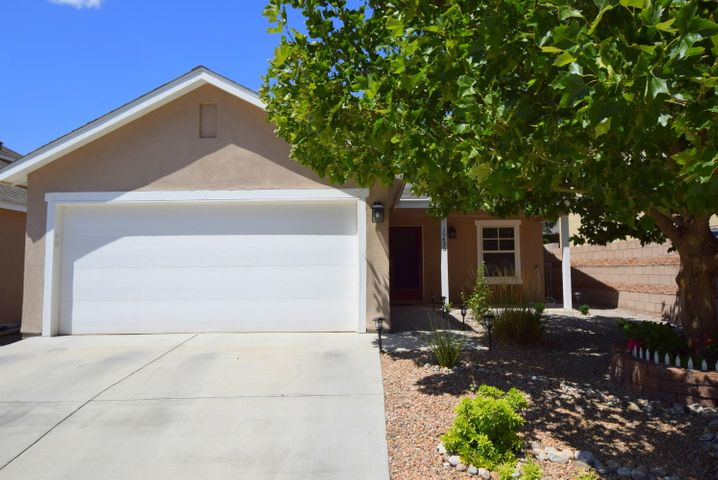Beautiful, well cared for one story home in great location!  Designer paint colors, complete remodel of both bathrooms, new light fixtures, new landscaping, refrigerated air conditioning and more!  High ceilings make this home look and feel larger than its footage.This is a must see!!!