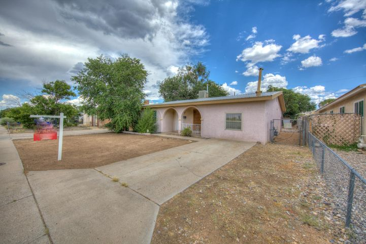 Great  single story 3 bedroom 1.75 bath home. Enjoy 2 living areas open kitchen fresh paint, new carpet, Metal roof. Huge back yard with access.