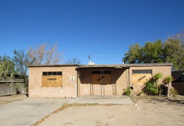 Bring your renovation ideas for this property located close to schools, parks, public transit & shopping! Large lot.